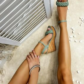 KNITTED WEDGE SANDALS - GREEN